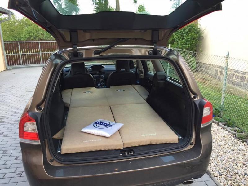 Sleeping In The Car Volvo V70